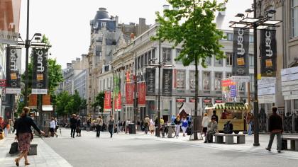 Antwerp Meir shopping