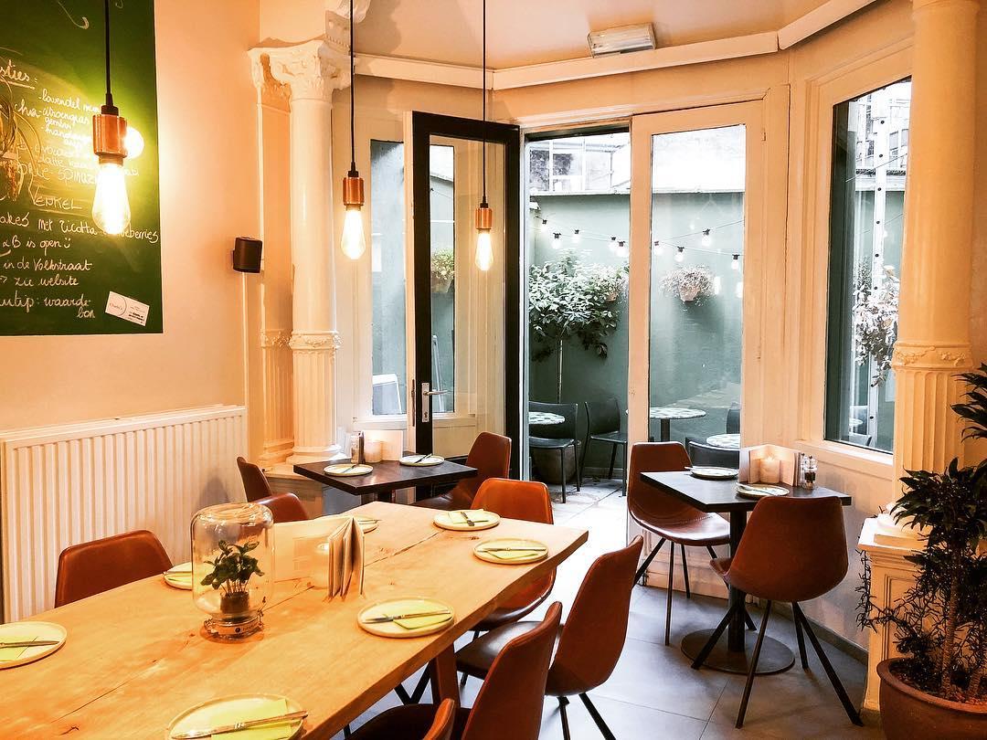 Coffee bars in Antwerp Charlie's